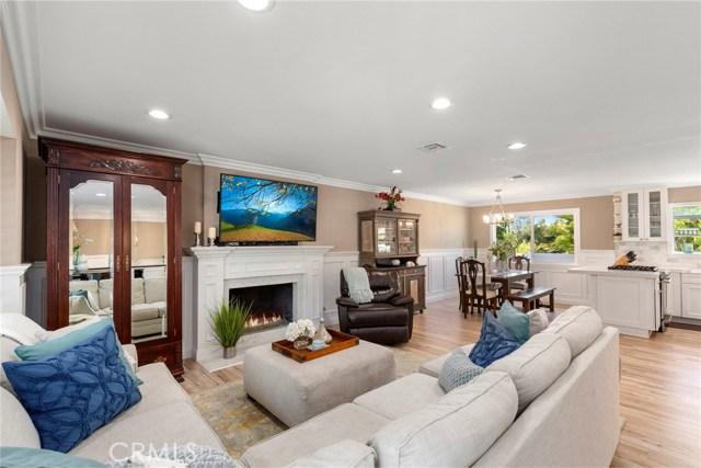 2725 Cardinal Drive, Costa Mesa, CA 92626