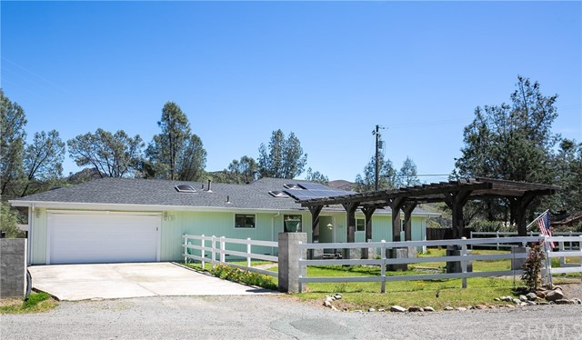 2920 Chalk Mountain Way, Clearlake Oaks, CA 95423