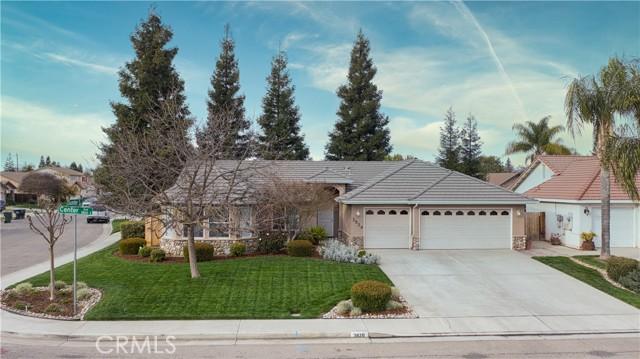 3820 E Center Avenue, Visalia, CA 93292