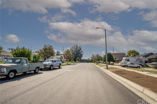 120 Cardinal Lane, Redlands CA: https://media.crmls.org/medias/07b527b9-7744-4b21-97a8-3e6e2ad6dc15.jpg