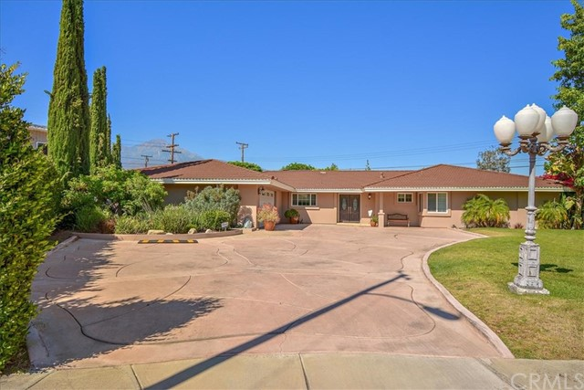 357 E Lurline Court, Upland, CA 91784