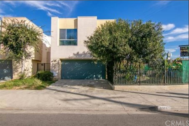 2371 Santa Ana S, Los Angeles, CA 90059