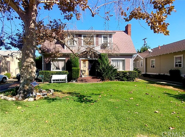 851 E Pasadena Street, Pomona, CA 91767