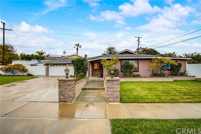 2795 N Anchor Avenue, Orange, CA 92865