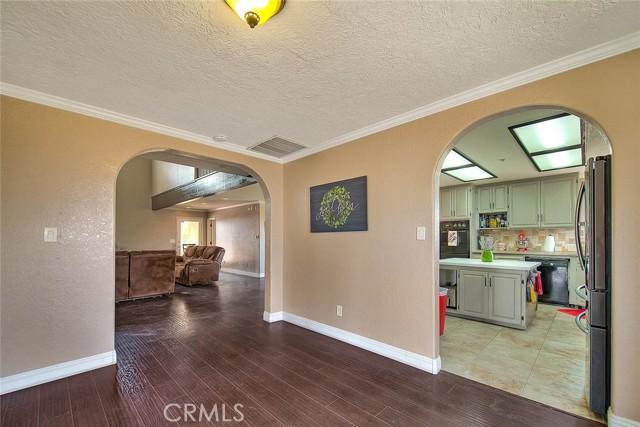 8340 Highland Ct, Oak Hills, CA 92344 Photo 18