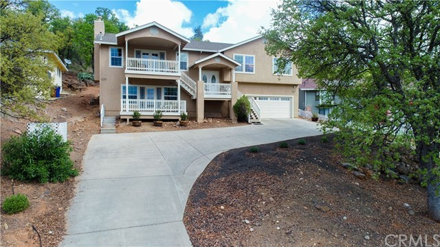Photo of 18802 W Ridge View Drive, Hidden Valley Lake, CA 95467