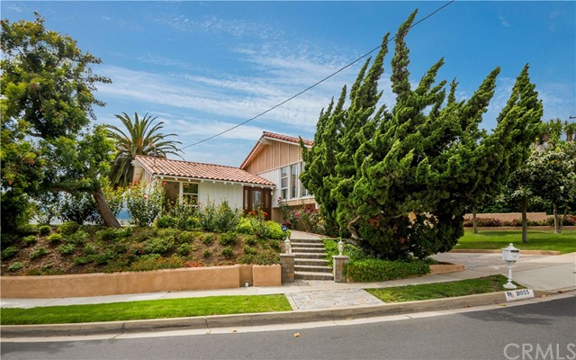 31055 Via Rivera, Rancho Palos Verdes, California 90275, 3 Bedrooms Bedrooms, ,3 BathroomsBathrooms,For Sale,Via Rivera,PV20013817