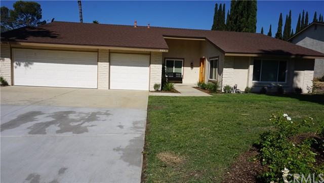 2163 Grand Avenue, Claremont, CA 91711