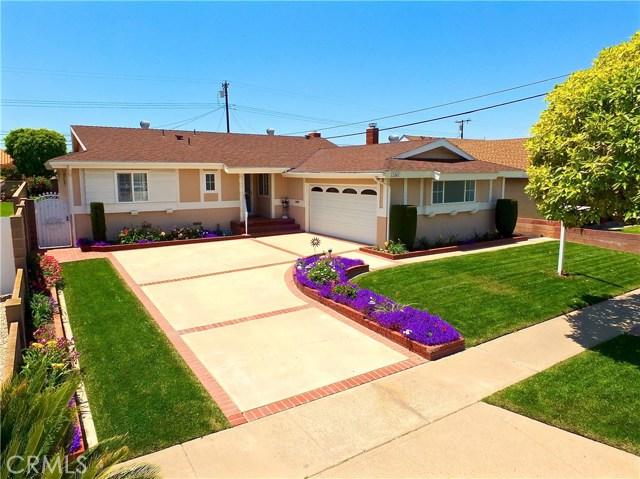 11841 Pine Street, Los Alamitos, CA 90720