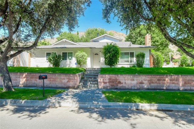 257 Bettyhill Avenue, Duarte, CA 91010