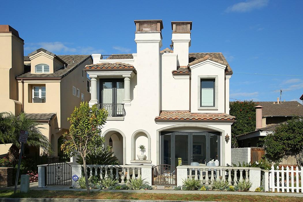 505 Carnation Avenue, Corona del Mar, California 92625, 3 Bedrooms Bedrooms, ,3 BathroomsBathrooms,Residential,For Sale,Carnation,NP21100665