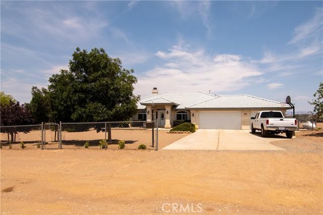 8755 Anaconda Av, Oak Hills, CA 92344 Photo 13