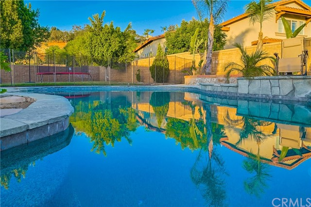 809 Ringdahl Circle, Corona, CA 92879
