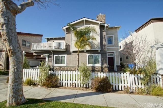 2109 Grant Avenue A, Redondo Beach, California 90278, 3 Bedrooms Bedrooms, ,2 BathroomsBathrooms,For Rent,Grant,PV18198588