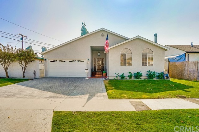 2812 220th Place, Carson, California 90810, 3 Bedrooms Bedrooms, ,2 BathroomsBathrooms,Single family residence,For Sale,220th,PW19263660