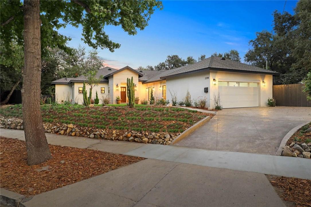 Photo of 2298 Midwick Drive, Altadena, CA 91001
