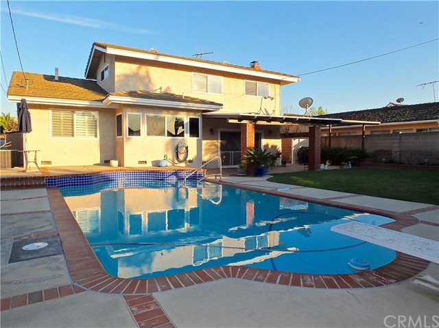 4533 Clubhouse Drive, Lakewood, CA 90712