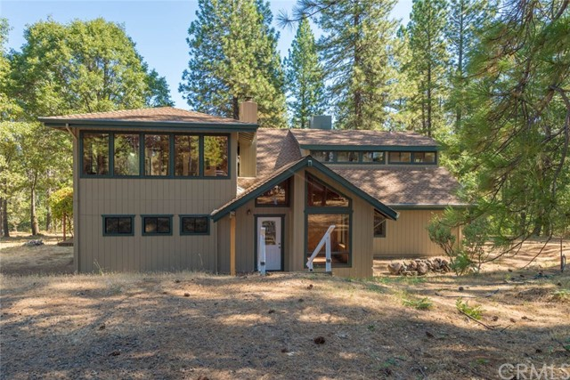 4765 Village Drive, Forest Ranch, CA 95942