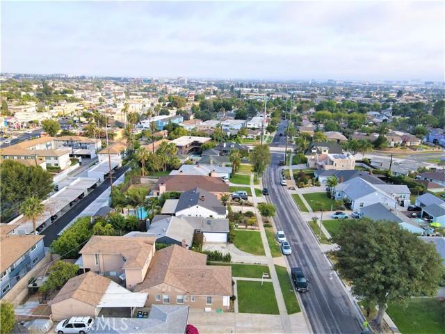 31. 6256 Condon Avenue Los Angeles, CA 90056