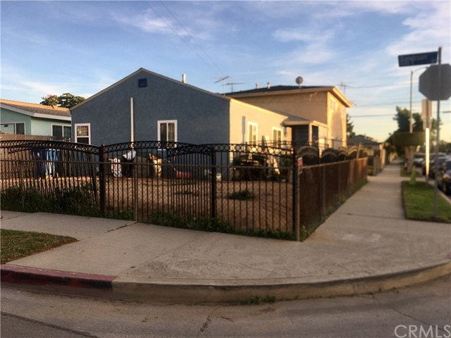 1444 Sanford Avenue, Wilmington, CA 90744