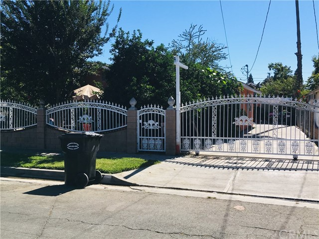 13127 S Penrose Avenue, Compton, CA 90222