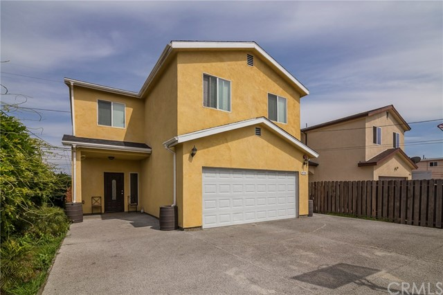 8714 Orchard Avenue, Los Angeles, CA 90044