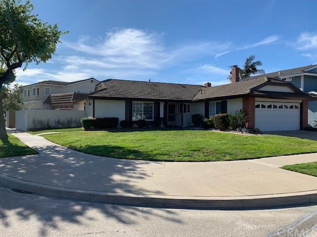 17080 Buttonwood St, Fountain Valley, CA 92708