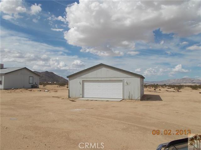 60422 Stearman Rd, Landers, CA 92285 Photo 3