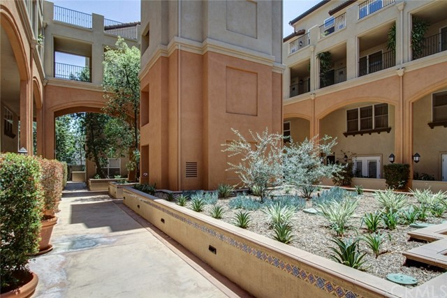 286 N Madison Av, Pasadena, CA 91101 Photo 2