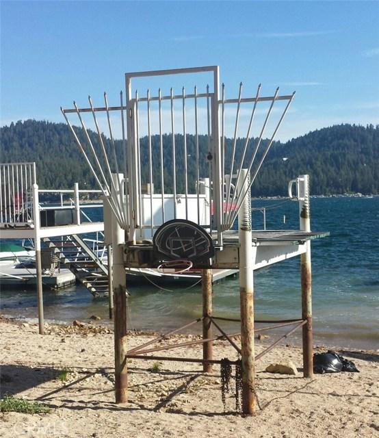 307 B North, Lake Arrowhead, CA 92352