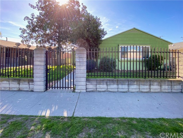 2510 W Compton Boulevard, Compton, CA 90220