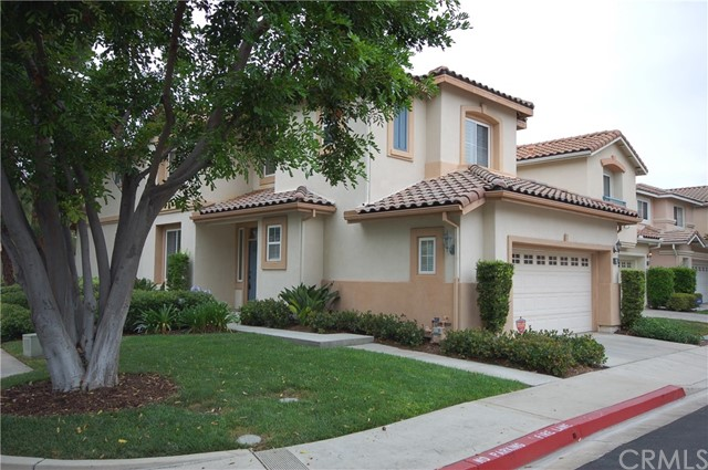 15 Santa Luzia Aisle, Irvine, CA 92606