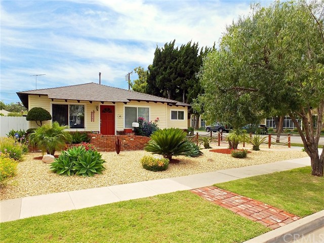 3267 Eucalyptus Avenue, Long Beach, CA 90806