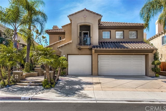 8 Santa Maria, Lake Forest, CA 92610