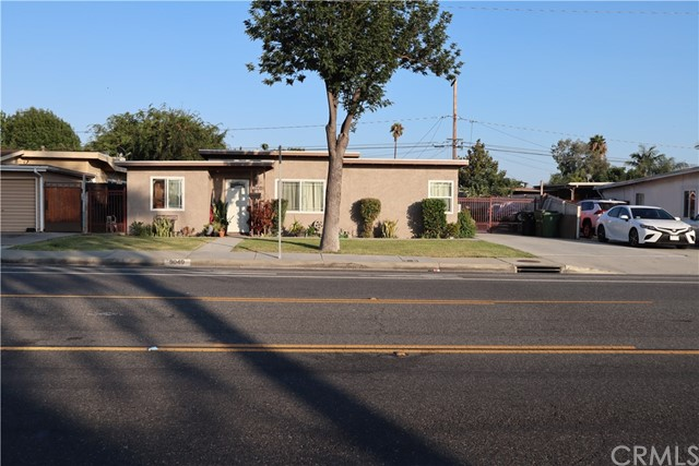 9040 Greenleaf Avenue, Whittier, California 90602, 3 Bedrooms Bedrooms, ,1 BathroomBathrooms,Single Family Residence,For Sale,Greenleaf,PW20163580