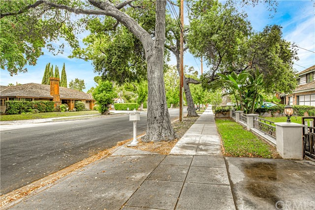2. 1026 S 8th Avenue Arcadia, CA 91006
