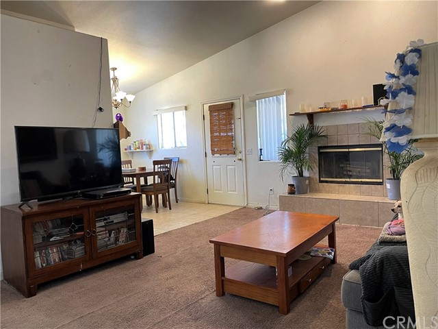 16. 6958 Mohawk Trail Yucca Valley, CA 92284