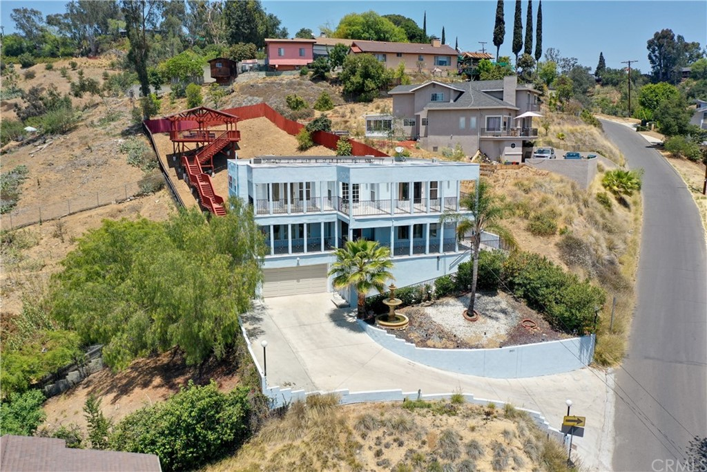 1801     Upperton Avenue, Los Angeles CA 90042