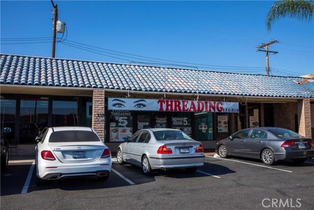 1335 E Chapman Avenue, Fullerton, CA 92831