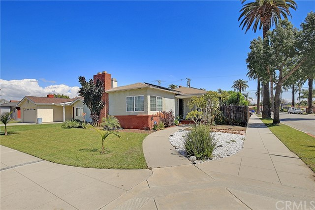 2300 San Francisco Avenue, Long Beach, CA 90806