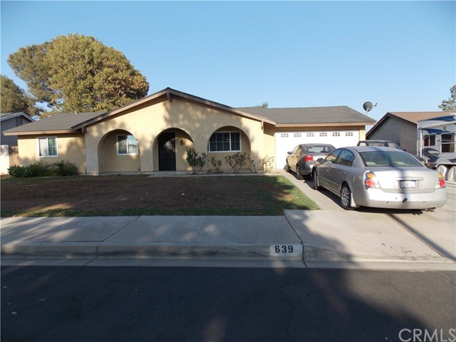 639 S Teakwood Avenue, Rialto, CA 92376
