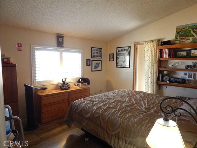 11024 Medlow Av, Oak Hills, CA 92344 Photo 27