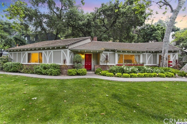 3040 E Chevy Chase Drive, Glendale, CA 91206