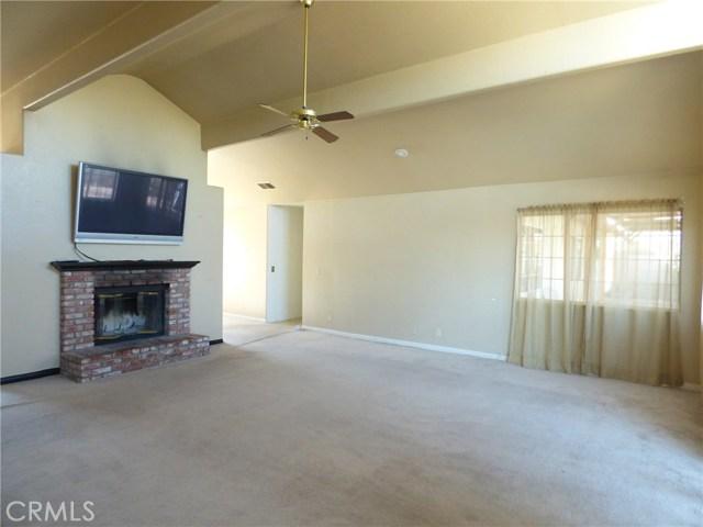 10974 Adobe Rd, Oak Hills, CA 92344 Photo 17