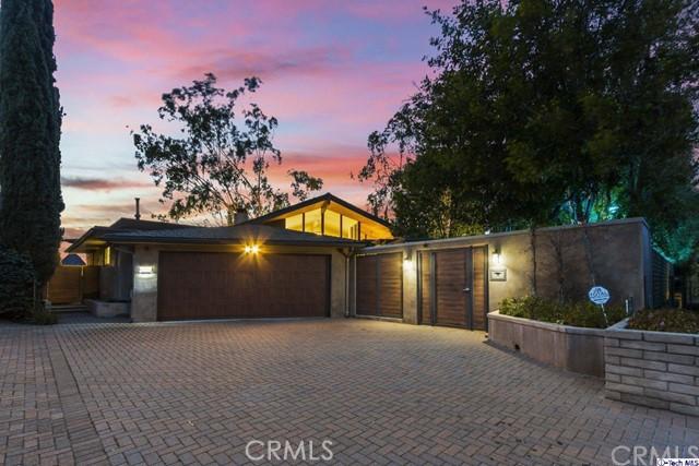 2125 Maginn Drive, Glendale, CA 91202