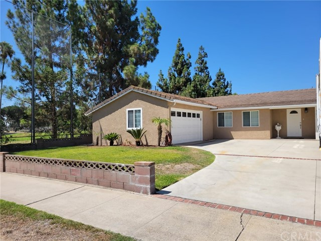 Beautiful 4 bedroom 2 bathroom Anaheim home right next door to the golf course!! Pictures Coming soon