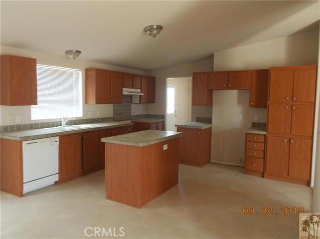 60422 Stearman Rd, Landers, CA 92285 Photo 6