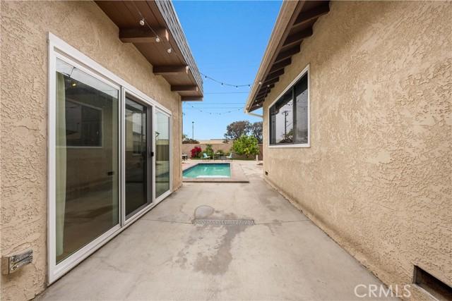 32. 2413 Sebald Avenue Redondo Beach, CA 90278