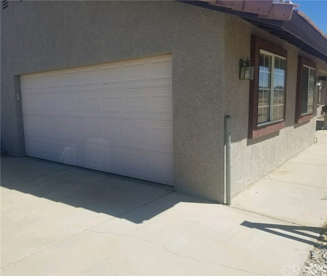 10791 Columbine Rd, Oak Hills, CA 92344 Photo 1