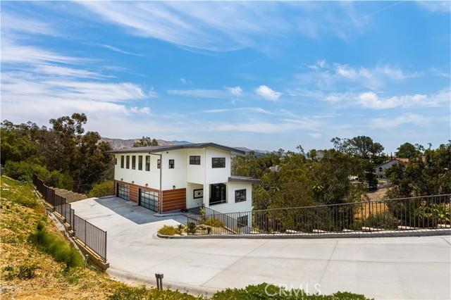 4. 2175 Lemon Heights Drive North Tustin, CA 92705